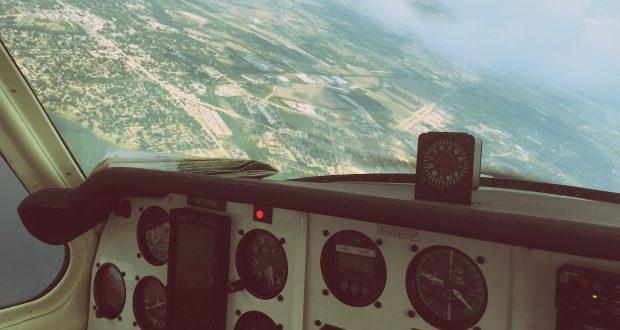 cockpit 1957 beechcraft airplane